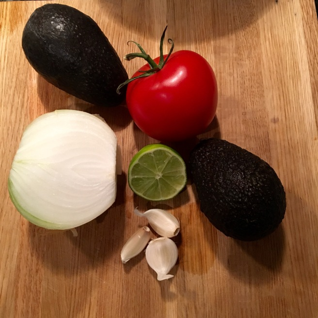 Flavorful Homemade Guacamole // The Urben Life Blog