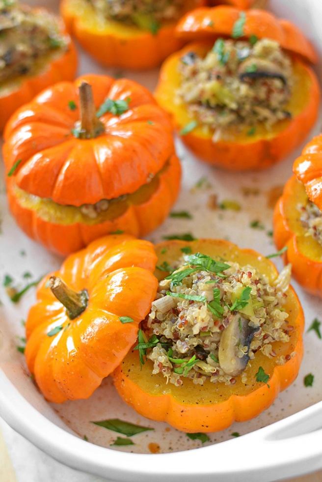 mushroom-quinoa-stuffed-mini-pumpkins-vegan